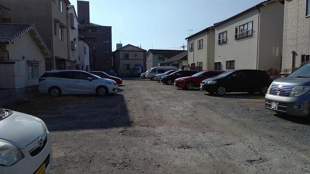 八昌の駐車場