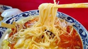 酸辣湯麺の麺
