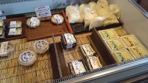 豆腐売り場②