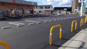 ウエルシアの駐車場