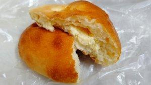 チーズクリームパン③